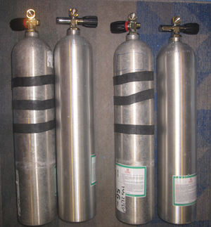 Smaller cylinders for sidemount
