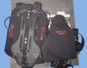 SMS100 and SMS50 sidemount harnesses